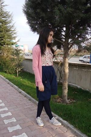 white Converse shoes - navy Koton dress - pink Stradivarius cardigan