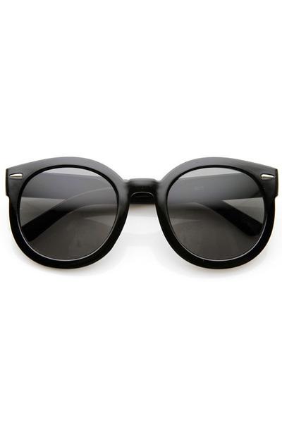 round plastic zeroUV sunglasses