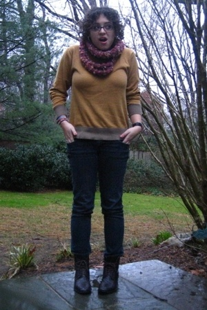 Forever21 sweater - homemade scarf - Forever21 jeans - shoes