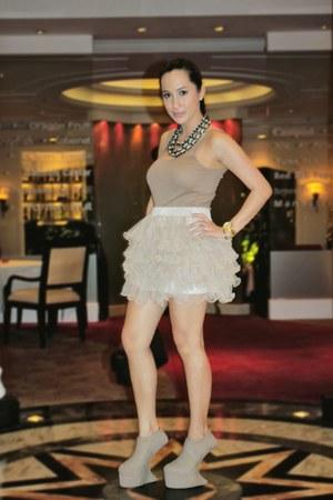 tan Topshop - beige random from Hong Kong skirt - tan kermit tesoro shoes