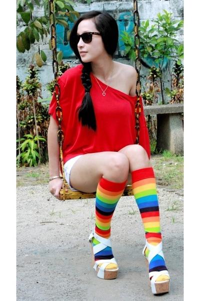 bench top - Topshop shorts - random from Hong Kong socks - Bebe shoes - rayban s