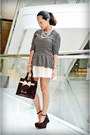 Harrods-bag-asian-vogue-wedges-forever-21-skirt-wardrobe-check-top