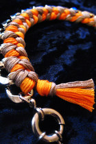 Light-orange-cb-designs-bracelet