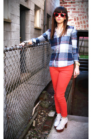 red sunglasses - navy flannel hollister top - white ford bootie Jeffrey Campbell