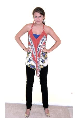 Silence  Noise shirt - Paige Denim jeans - Audrey Brooke shoes - American Appare