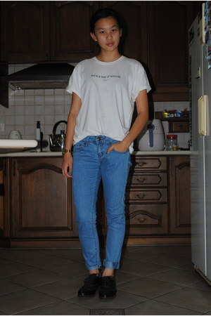 Zara t-shirt - Levis jeans