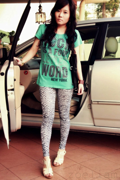 Free shipping BOTH ways on leggings with skirt, from our vast selection of styles. Fast delivery, and 24/7/ real-person service with a smile. Click or call