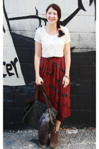 brick red skirt - heather gray boots - black bag - ivory top