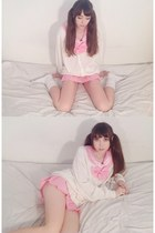 bubble gum seifuku sammydress top - white scrunch scocks American Apparel socks