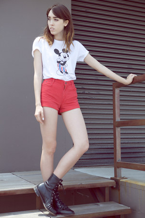 white Uniqlo shirt - black vintage boots - red vintage shorts
