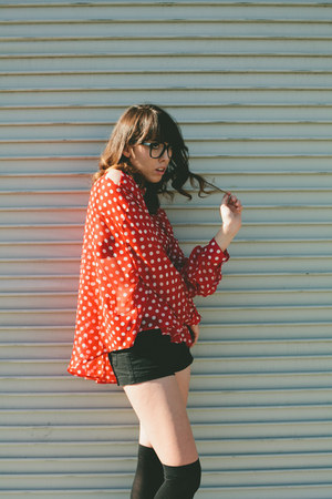 ruby red polka dots Romwecom blouse - black thrifted Mossimo shorts