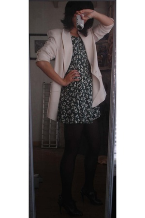Anne Klein blazer -  dress - Nine West shoes