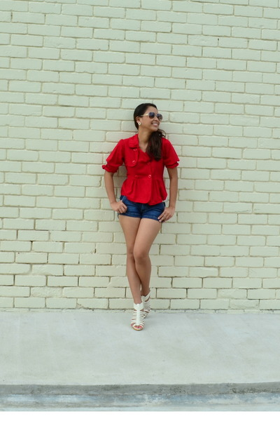red top - navy shorts - white wedges